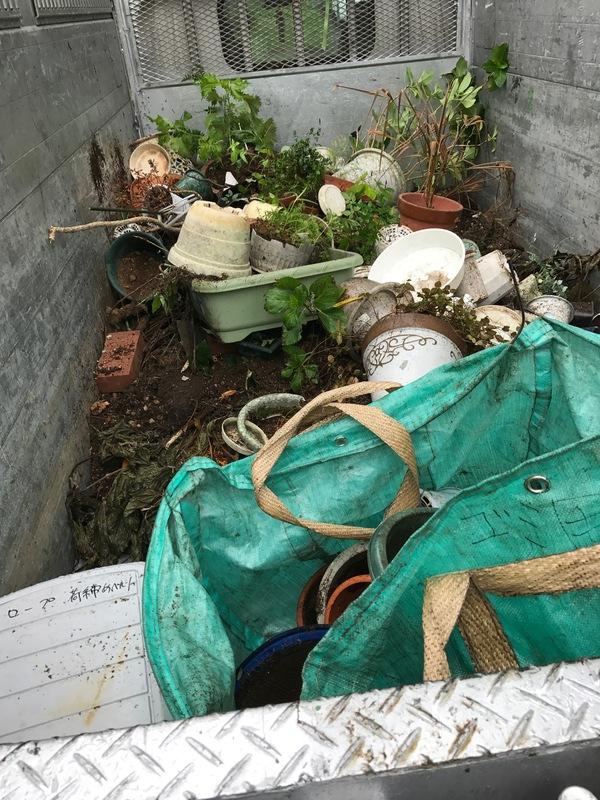 神奈川県愛甲郡愛川町にて、土、プラウンター引き取りしました。のサムネイル