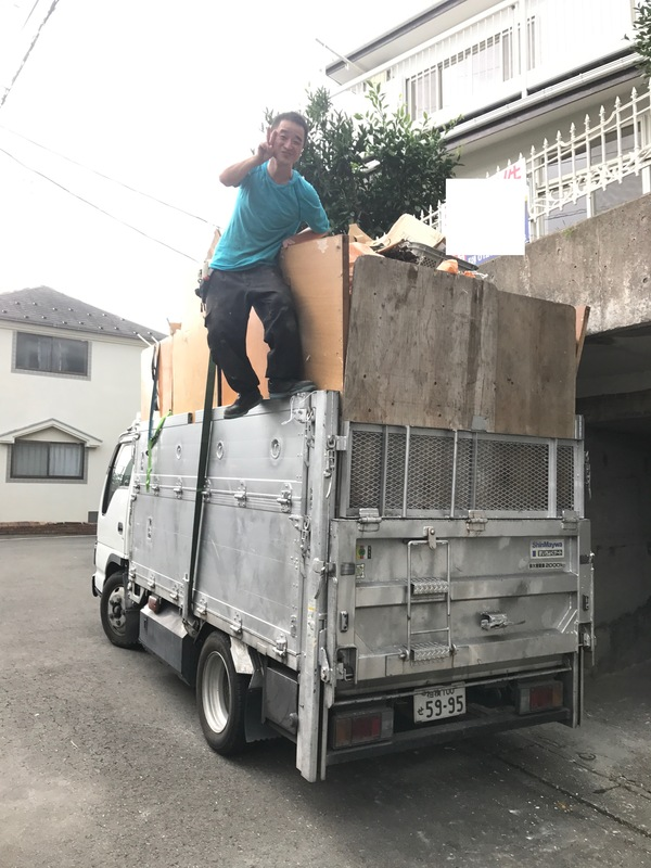 神奈川県川崎市麻生区にて、不用品回収していました。のサムネイル