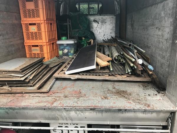 神奈川県厚木市関口にて、物干し竿などの不用品回収しました。のサムネイル