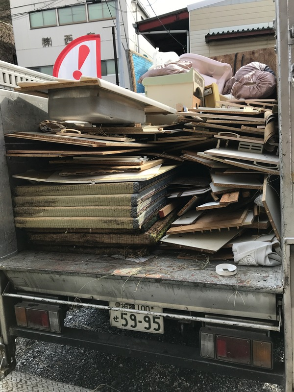 埼玉県川口市上青木にて、内装のゴミ回収案件頂きました。のサムネイル