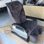 静岡県掛川市仁藤にて、マッサージチェアを不要品回収致しました。