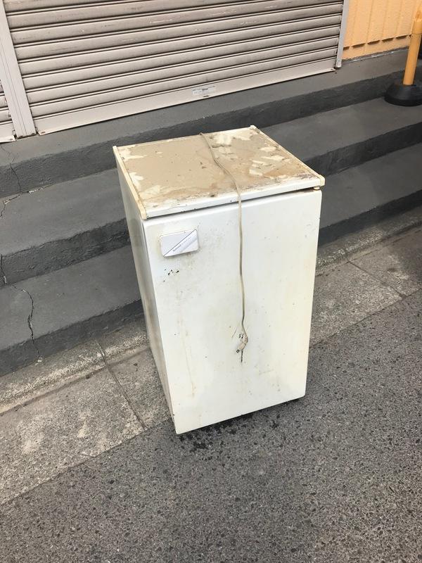 神奈川県座間市にて、ワンドア冷蔵庫不用品回収しました。のサムネイル